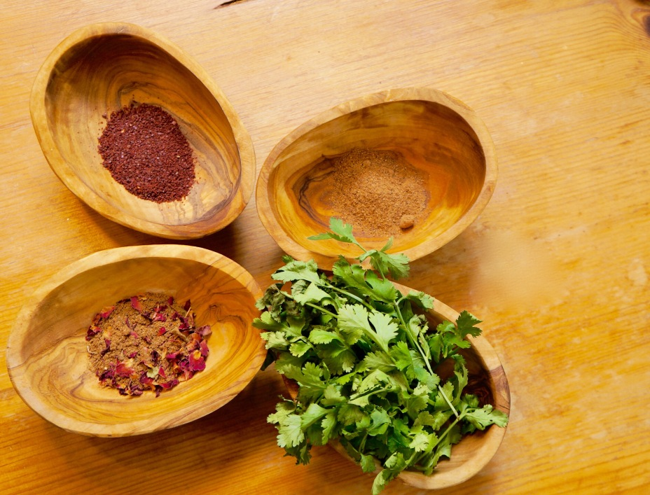 Iranian Spices for Pomegranate Soup